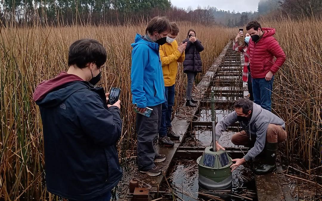 """Universidad Austral de Chile crea """"robot"""" que medirá indicadores de agua en humedales"""